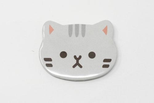 缶バッジ動物型で猫